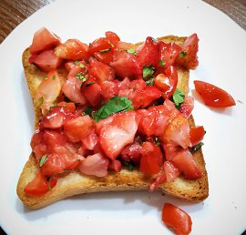 Italian bruschetta with strawberries