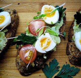 Guacamole Egg Danish Smorrebrod