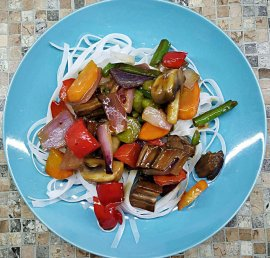 Beef Vegetables Stir fry with Rice Stick Noodles