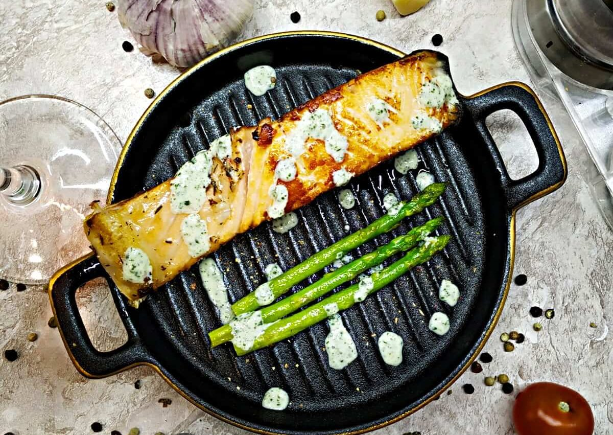 Roasted Salmon and Asparagus with mint sauce