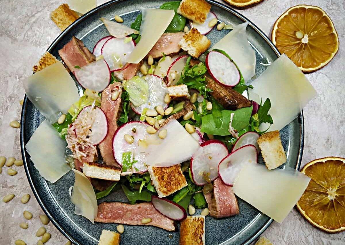Roast beef Italian salad with Homemade Parmesan dressing
